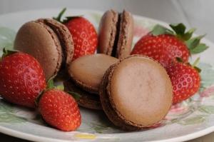 chocolate macarons with strawberries